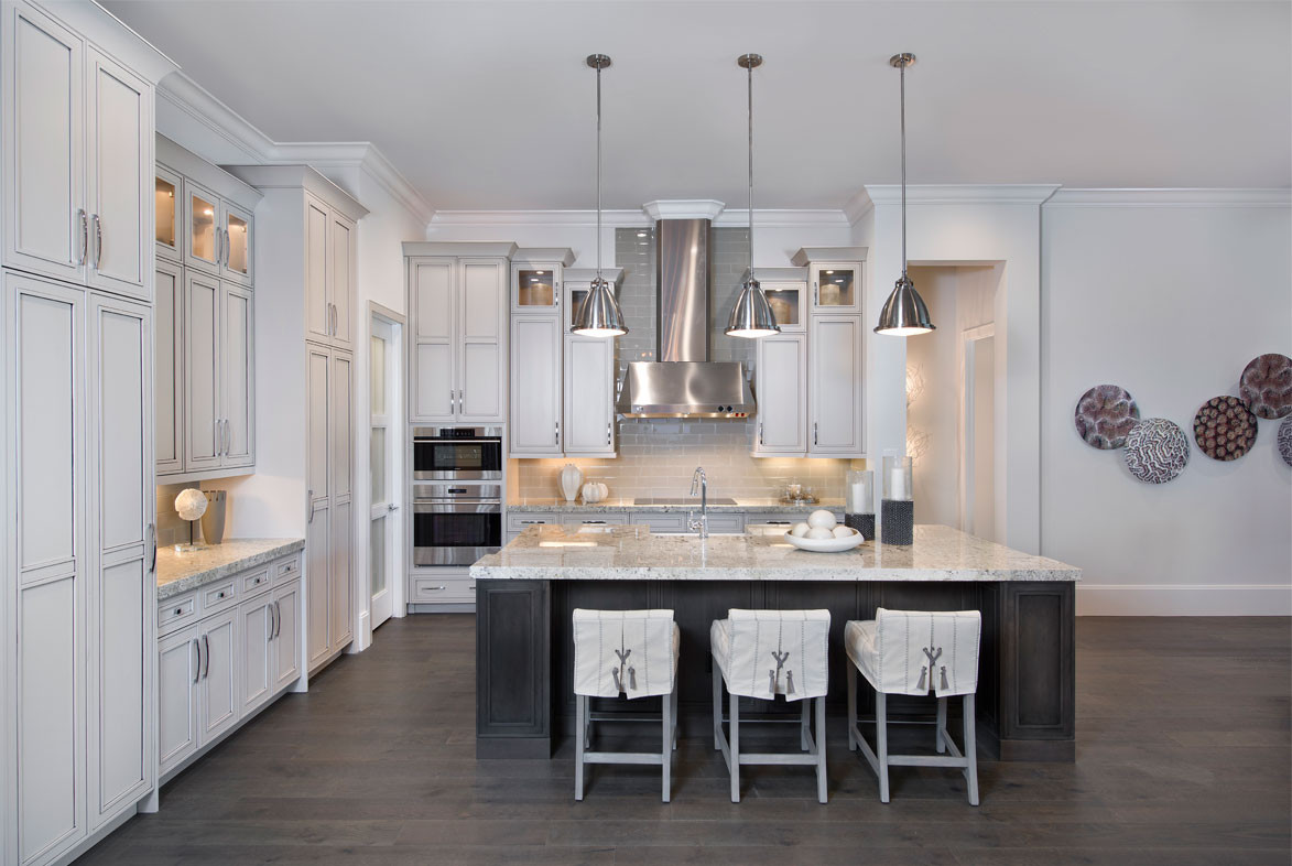 Clairborne Kitchen - Pizzazz Interiors - Naples, FL